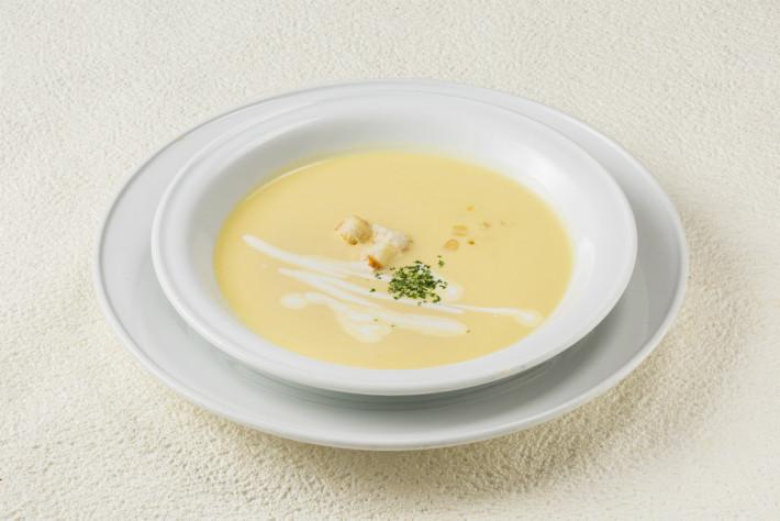 コーンクリームスープ 380円(税別)